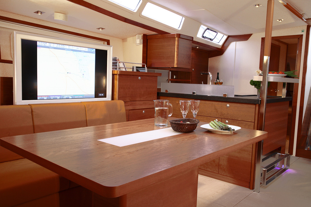 New Wave Yachts - New Boats - Hanse Yachts - Hanse 630e - The #1 Dealer of ...
